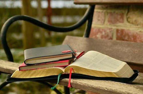 books by pixabay