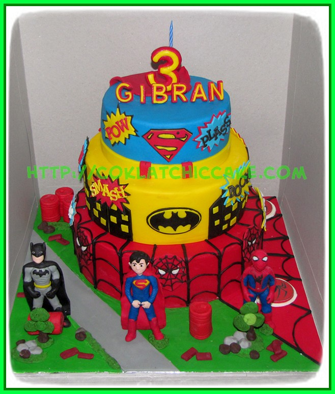 Cake Superhero