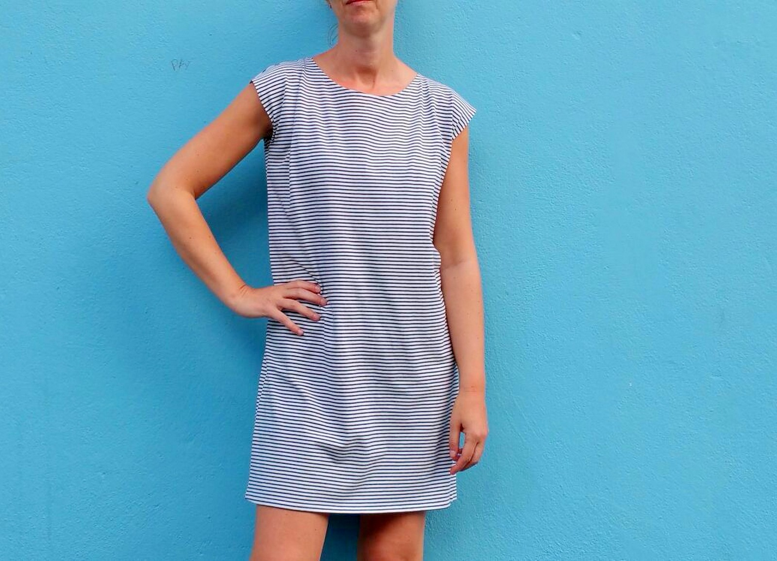 striped T-shirt dress (blue)