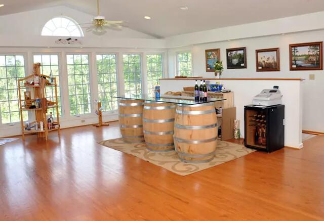 White Rock Vineyard, Winery & Brew Haus