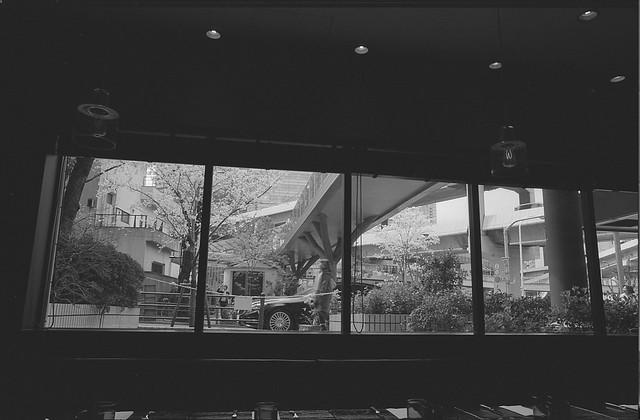 イタリアンレストランの窓から2