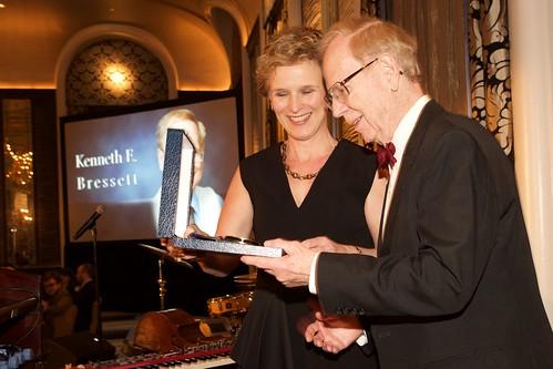 Ken Bressett reciving award 2016 ANS Gala