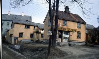 Lillegårdsbakken 24 - Vanvik Kolonial (ca. 1975)