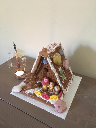 Ein Lebkuchenhaus gebaut