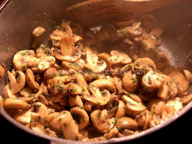 Filets Mignons aux Champignons à la Crème © Ana Luthi Tous droits réservés 02