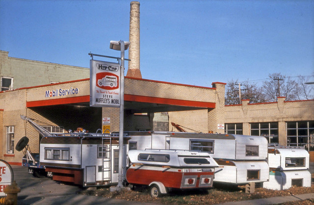 1972 or so - Muffley Mobil Station
