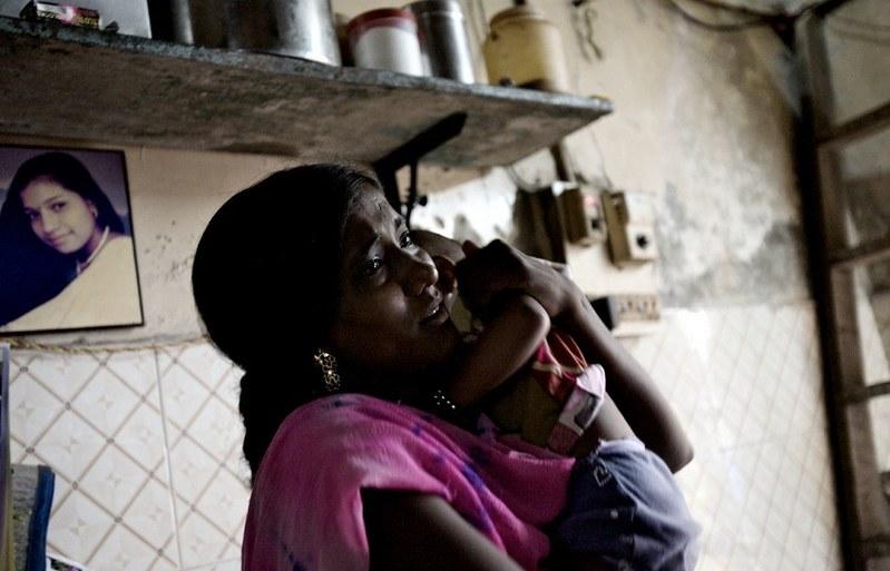 世界最大紅燈區—性暴力國度 孟買—傷痕累累的性工作者8