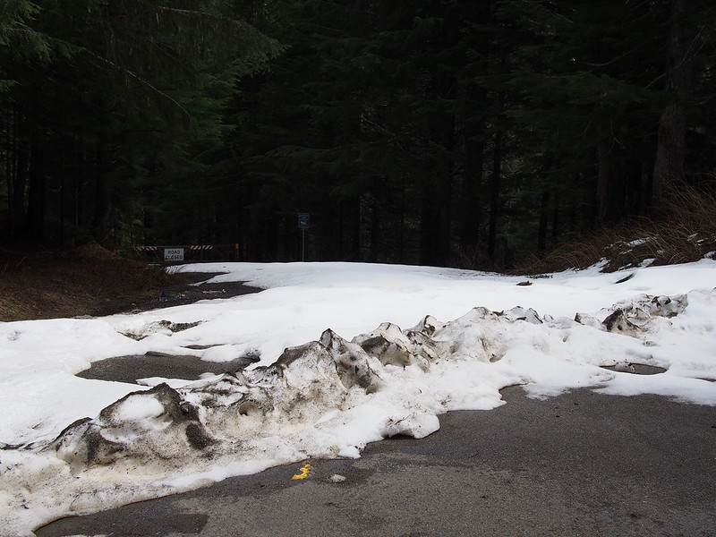 Mountain Loop Highway: Back Section: The gravel section is closed because of snow.
