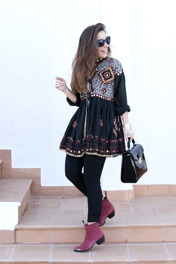 012_boho_outfit_in_black