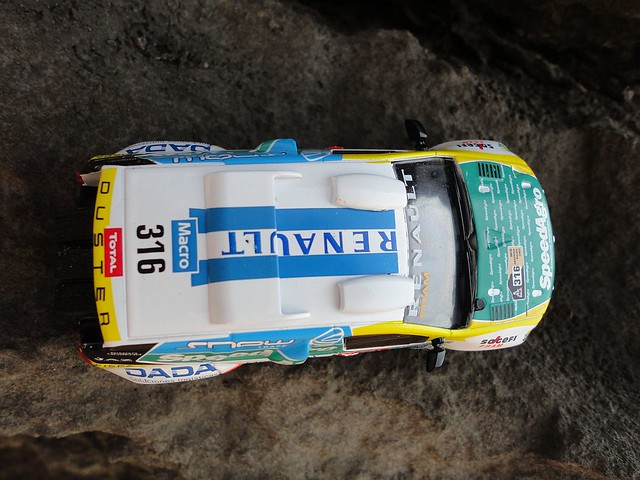 Renault Duster (2015) 1/43 (PCT-IXO)