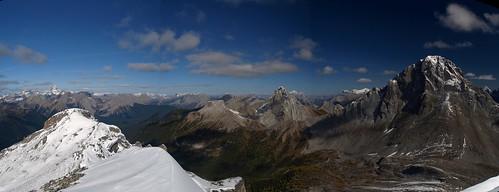 Snow-Peak-Panorama