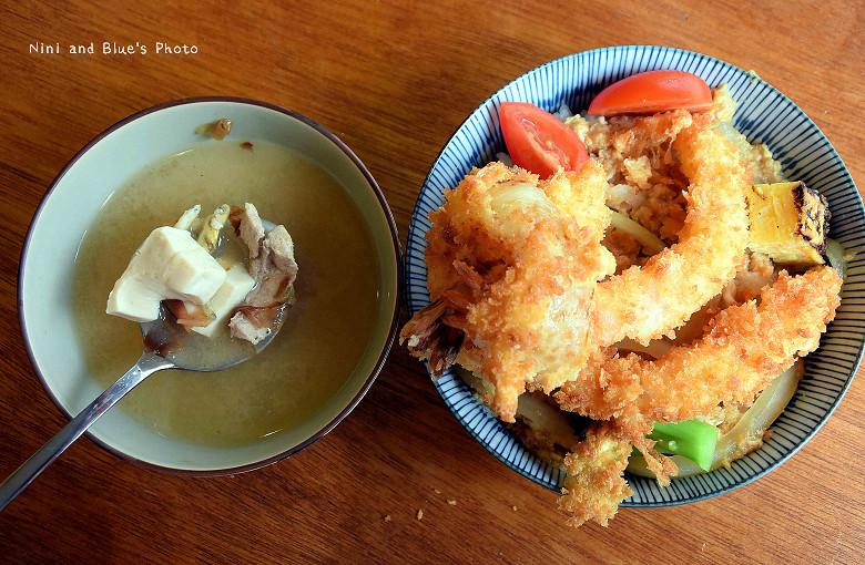 25098629523 dff5d2ef95 b - 信兵衛手做丼飯壽司日式料理,近中華夜市