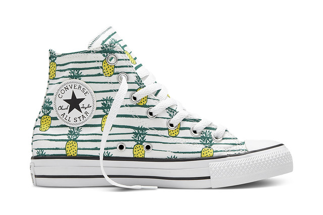 Chuck Taylor All Star Book Stripe
