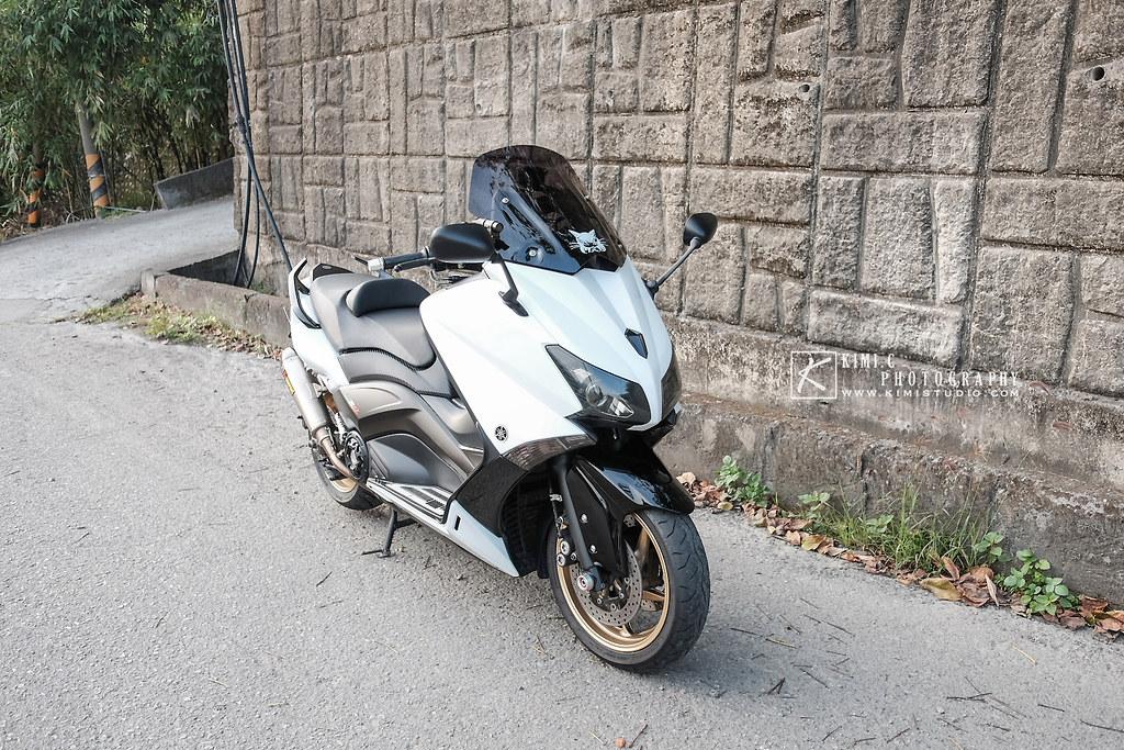 2016 T-MAX 530-006
