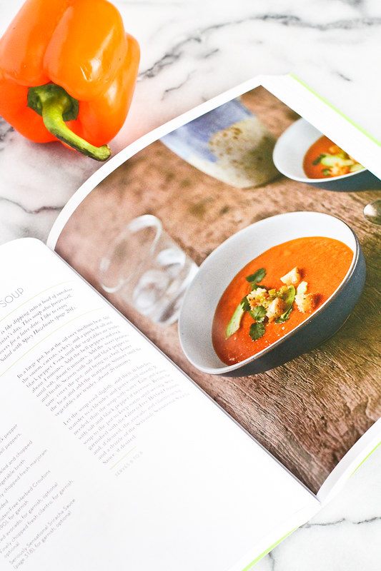 Golden Red and Orange Bell Pepper Soup…Flavorful and creamy, without the cream! From Amie Valpone's, Eating Clean. 172 calories and 4 Weight Watcher Freestyle SP