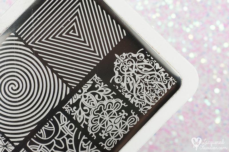 Avril - Mille Et Une Nuit + gold stamping