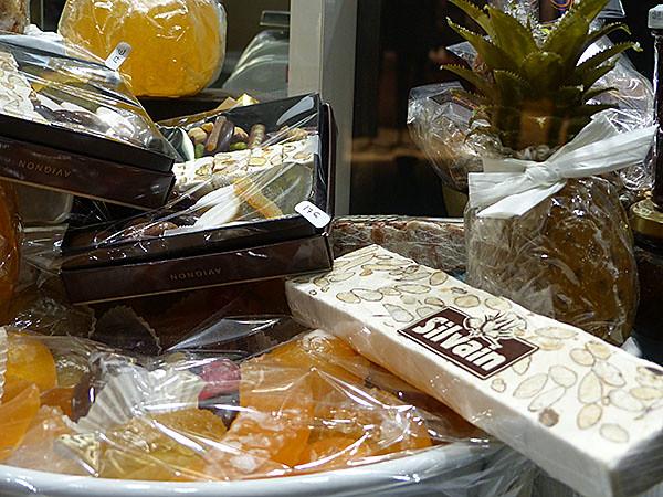 nougat et fruits confits