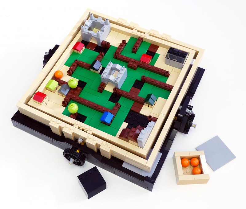 LEGO 21305 Ideas - Maze