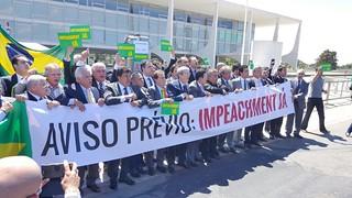 Deputados do Solidariedade entregam aviso prévio para Dilma Rousseff