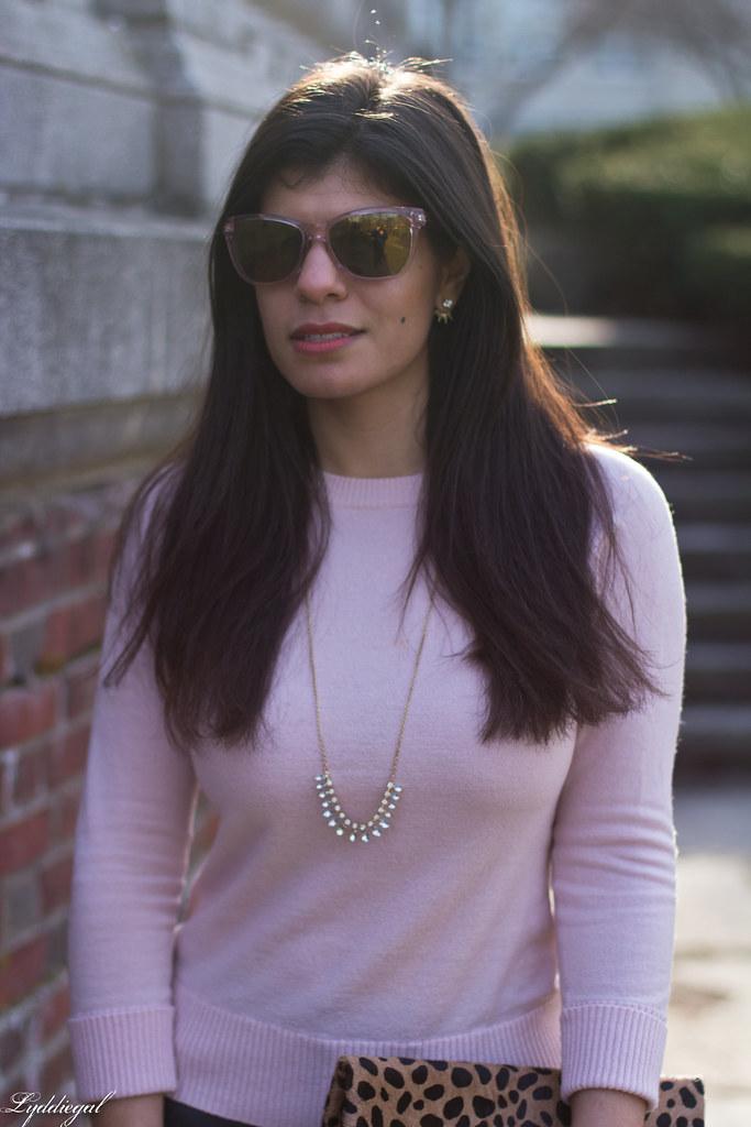 pink sweater, grey jeans, leopard clutch, black boots-6.jpg