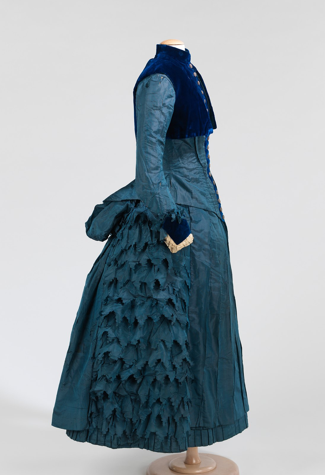 c. 1885. American. Silk, cotton. metmuseum