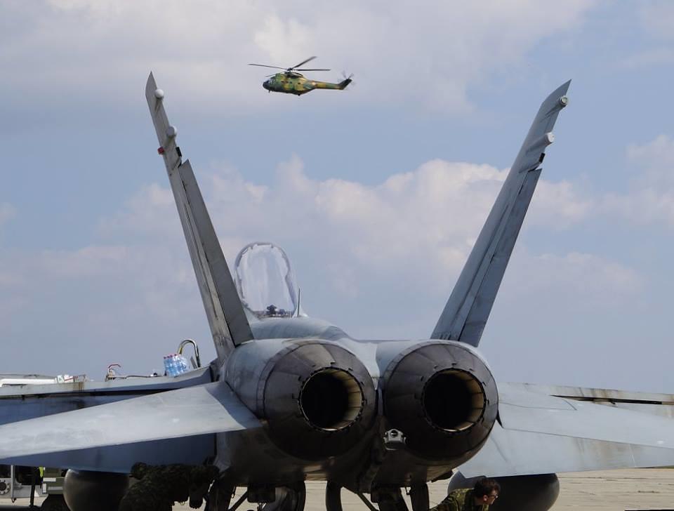 Aspect de la exercițiul bilateral româno-canadian se află în plină desfășurare la Baza militară de la Mihail Kogălnicean (7)