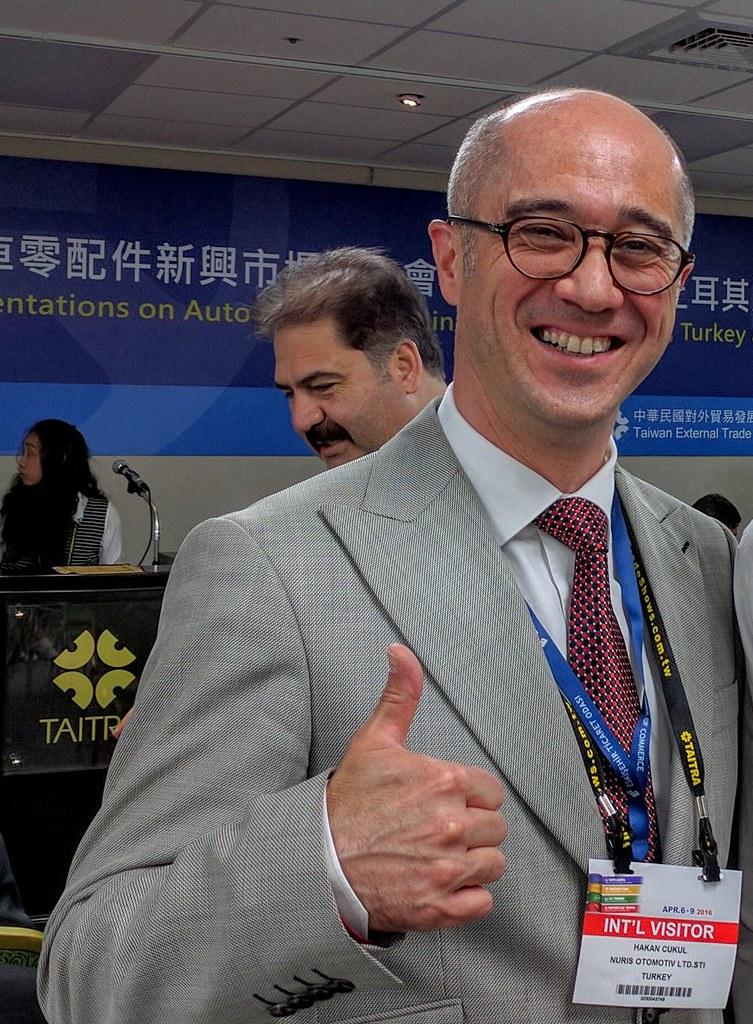 土商Nuriş Otomotiv總經理Mr. Hakan Çukul為日系五十鈴ISUZU配合廠商,多次赴日出差,是本次埃斯基謝希爾商會代表團中認真的團員之一
