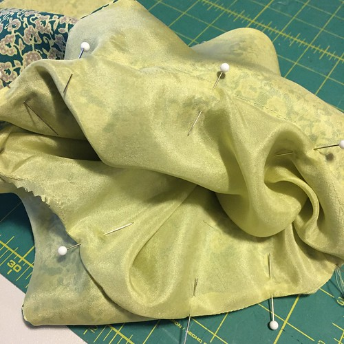 Tea & Crumpet Sew-Along: The Collar & Lining