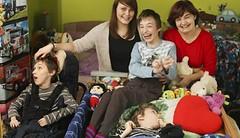 Maminka postižených trojčat se nevzdává