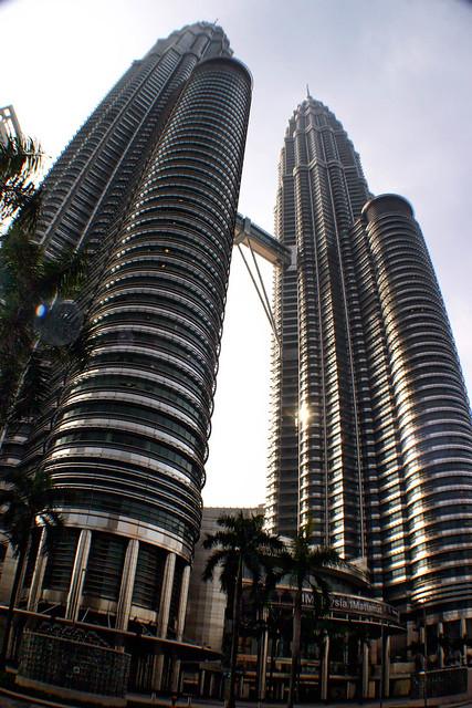 Petronas Towers, Kuala Lumpur, Canon EOS DIGITAL REBEL, Canon 18.0-55.0 mm