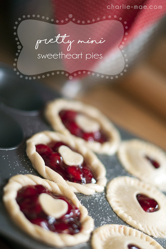 Pretty Mini Sweetheart Pies
