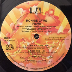 RONNIE LAWS:FLAME(LABEL SIDE-A)