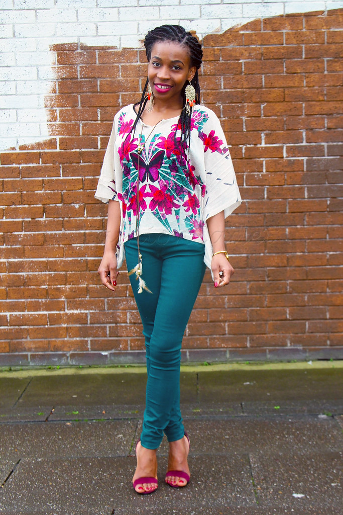 feather-tassel-necklace-dangling-earrings-strappy-heels-butterflies-kimono-style-top,Kimono style top, kimono inspired top, green trousers, green pants, burgundy strappy heels, ankle strappy heels, heeled sandals