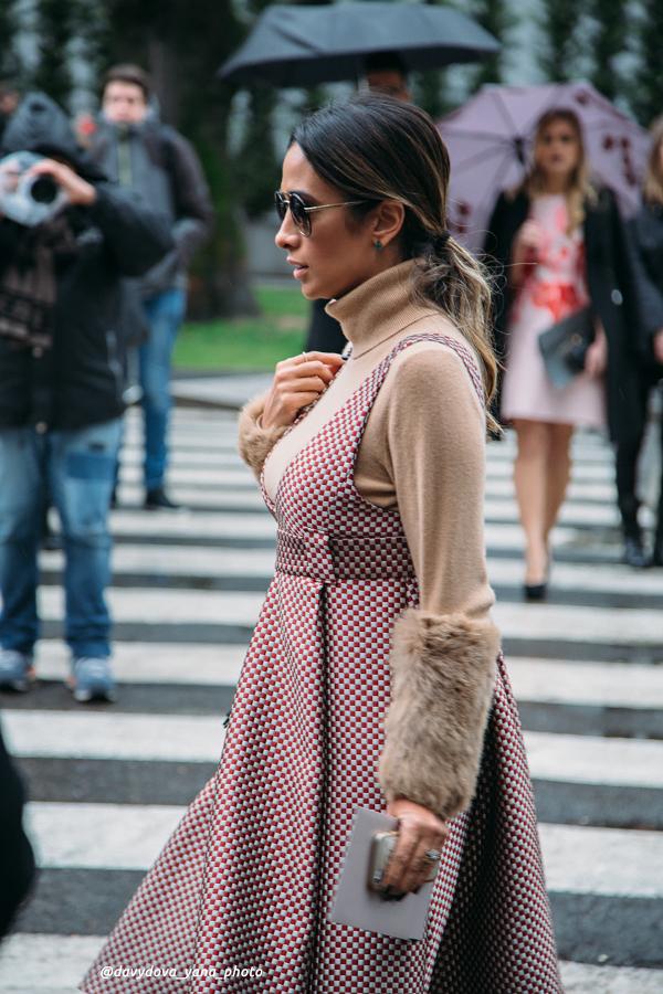 25293782491 0e1b43fa6e o - Стритстайл недели моды в Милане: Гости Armani Show в объективе Яны Давыдовой