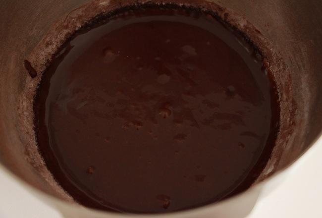 gateau_surprise_de_paques_zebra_cake_blog_patisserie_la_rochelle_9