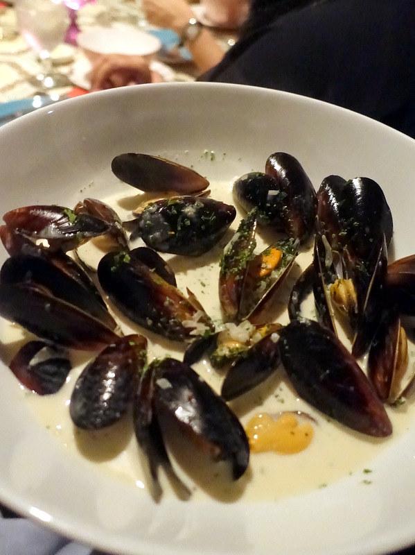 Maria Luisa Garden Room- Mussels Les Chef (wine & cream)