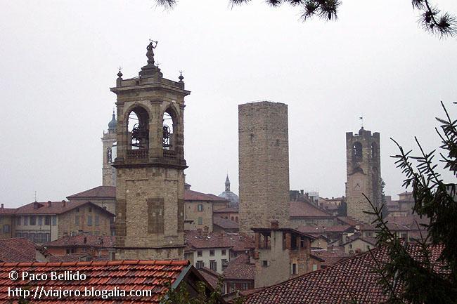Vista de la ciudad desde la Rocca. © Paco Bellido, 2006