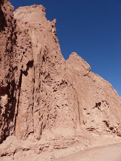Les rochers escarpés de la vallée de la mort