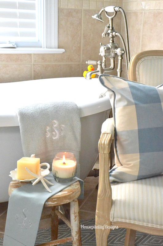 Master Bathroom - Housepitality Designs