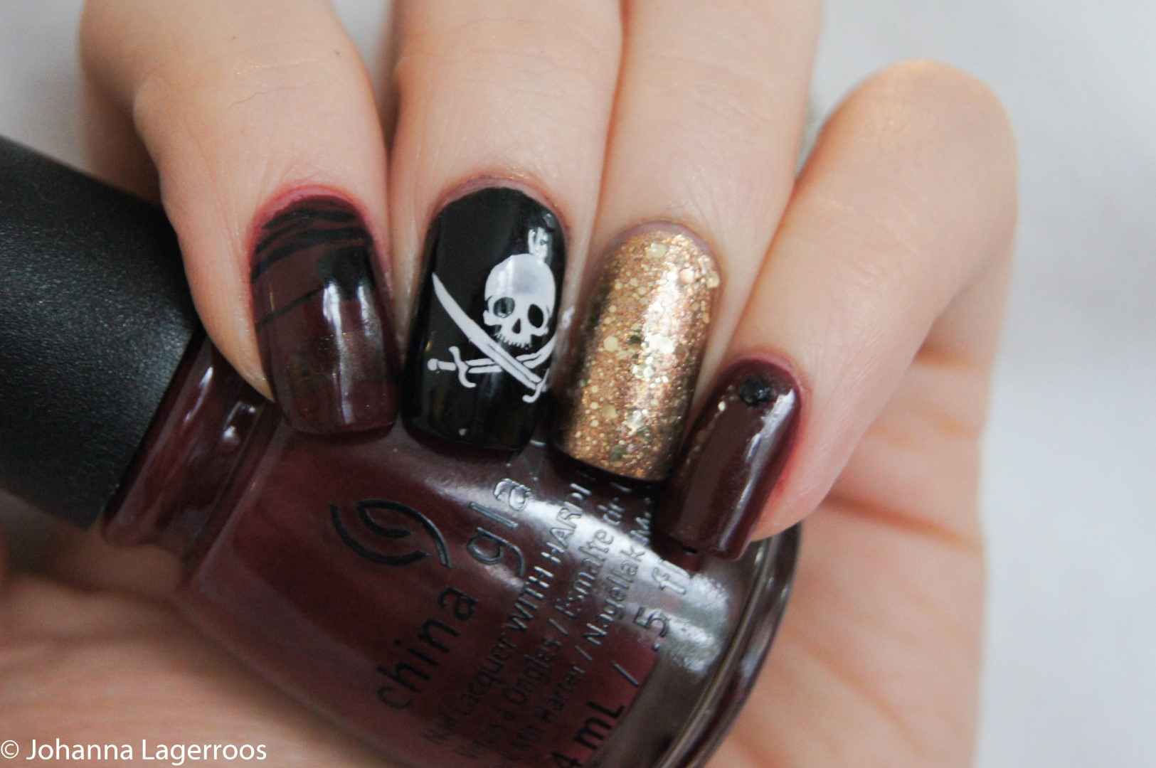 pirate flag inspired nails