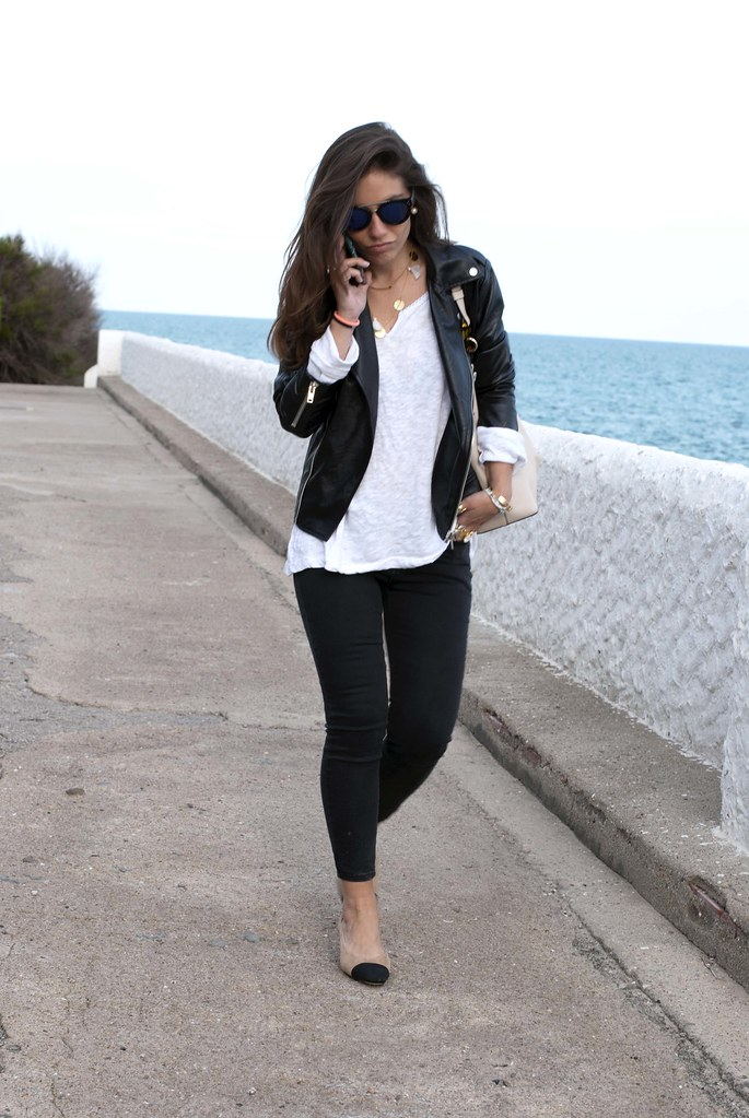 06_chanel_slingback_outfit_biker_theguestgirl