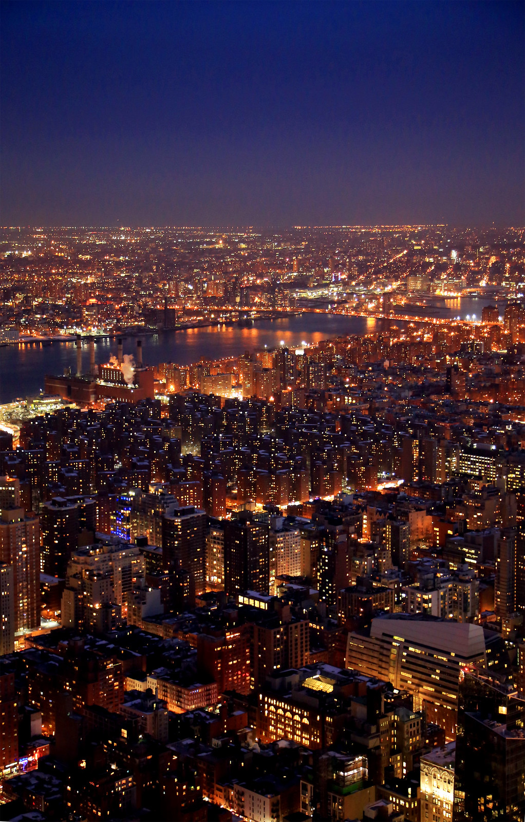 new-york-skyline-by-night