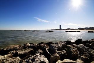 תמונה של Spiaggia35 Bagno Ambasciata ליד Cesenatico. sea sky beach water rock canon landscape seaside mare sigma cielo 8mm grattacielo spiaggia molo paesaggio adriatic skycraper adriatico cesenatico 816mm eos7d