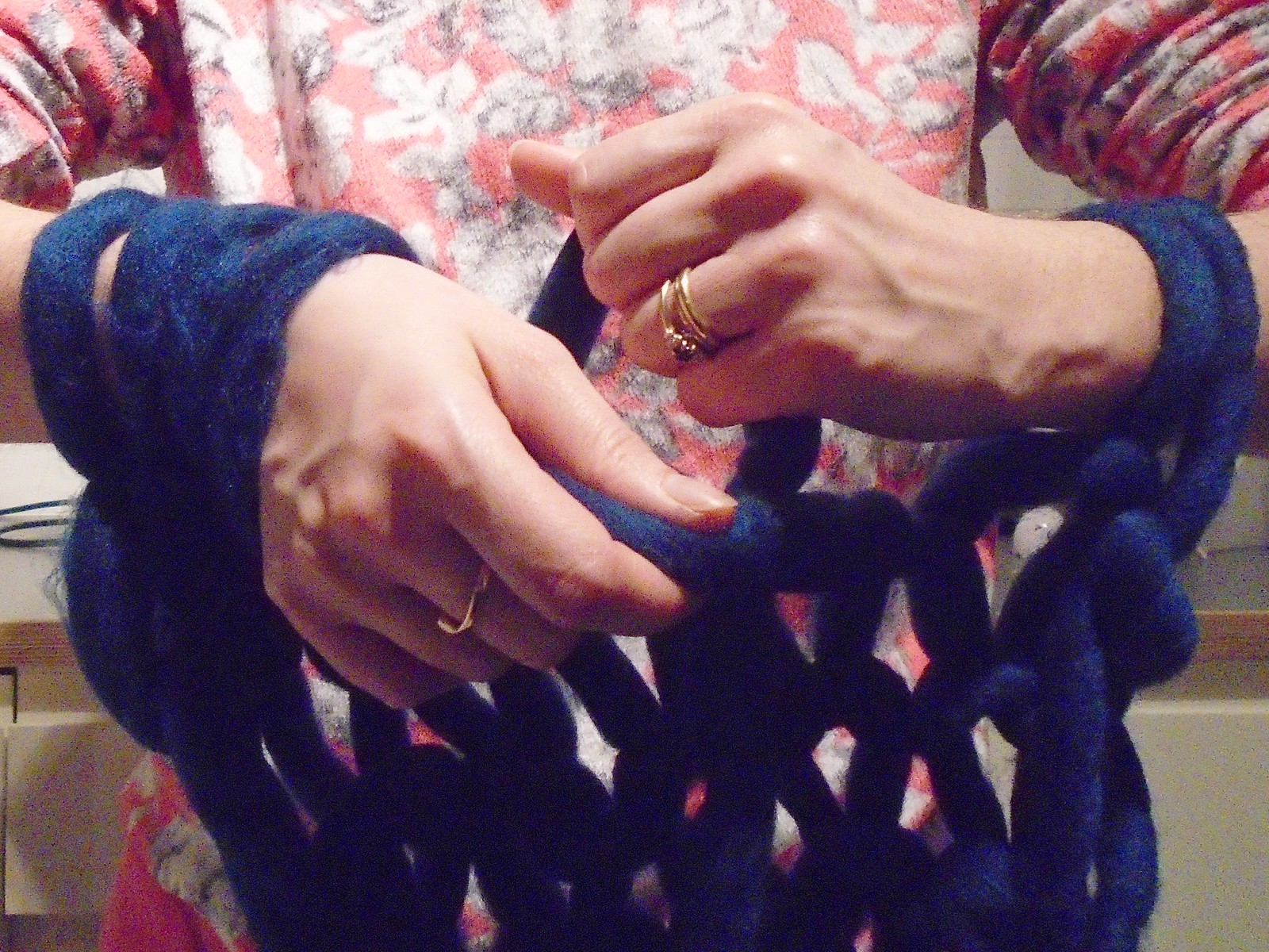 Arm knitting 1