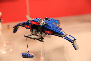 LEGO Marvel 76051 Super Hero Airport Battle 8