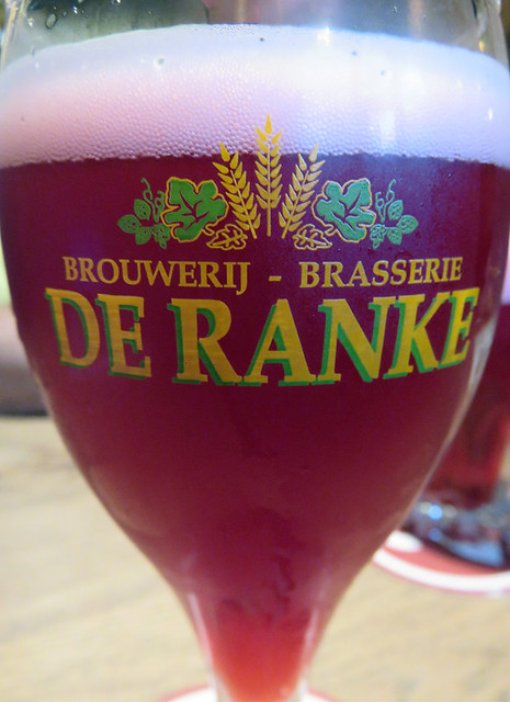 Enjoying a De Ranke beer the Moeder Lambic Pub in Brussels, Belgium