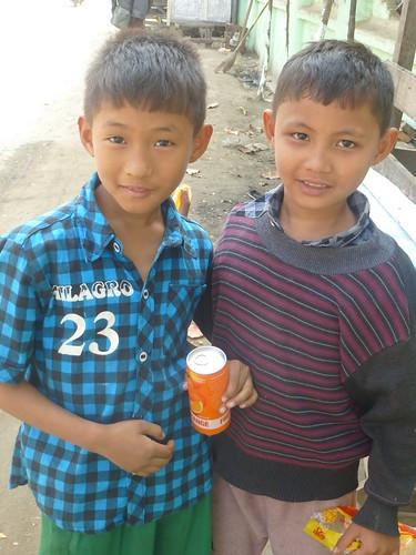 B16-Bilan-Jeunes-Mandalay-Quartier des moines (24)
