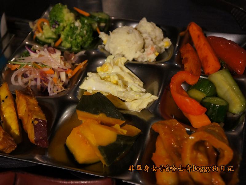 日本咖哩豬排飯&和牛燒肉土古里19