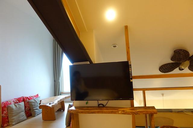 二樓也有一台大電視@宜蘭香格里拉休閒農場