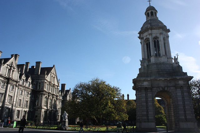 One of the top things to do in Dublin with kids is a visit to Trinity College with its large green spaces and elaborate buildings